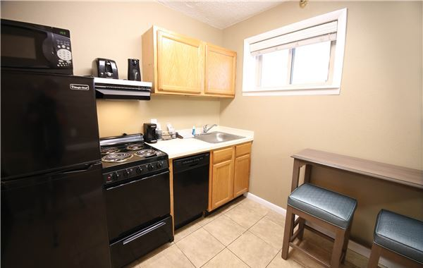 Hotel Rooms with Kitchens in Ocean City, MD - Quality Inn ...
