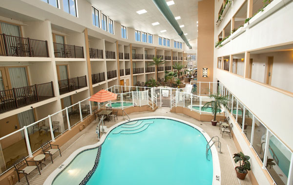 Atrium View Ground Level Efficiency Room at Quality Inn Oceanfront - Maryland