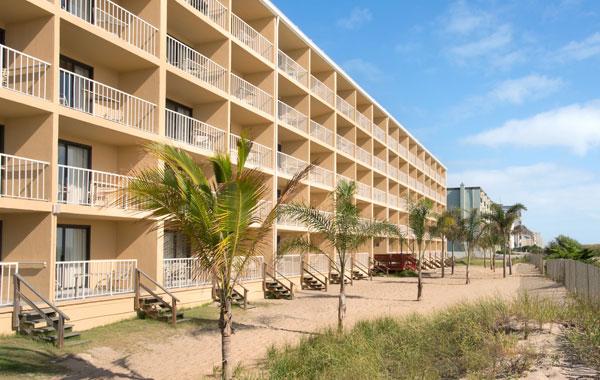 Beachfront Efficiency Quality Inn Oceanfront Room - Ocean City
