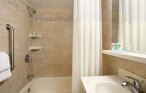 Quality Inn Oceanfront Room - Ocean City